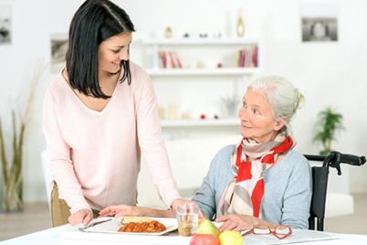 Pflege24mitHerz | Seniorenbetreuung-2